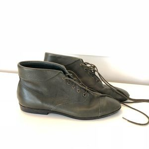 Vintage Green Leather Lace Up Pointy Toe Booties